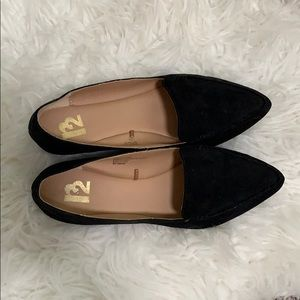 R2 Pointy Toe Flats size 7